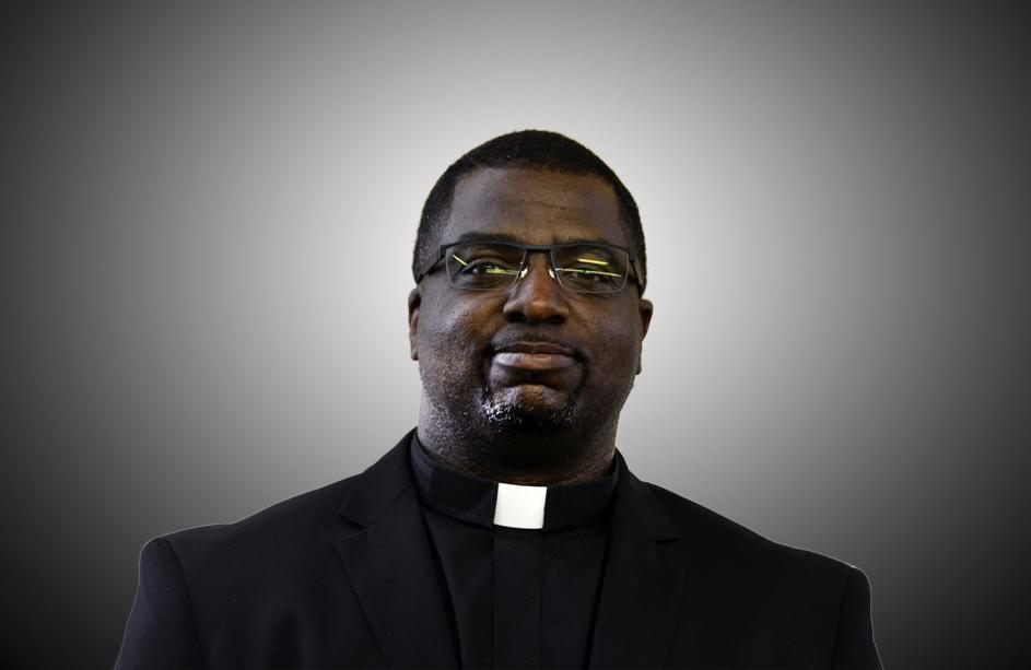 Rev. Kenneth Holmes